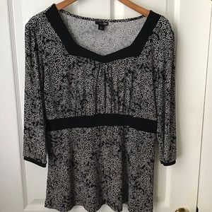 EAST 5TH: Black shirt with white circles Size L